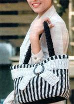 Вязаная элегантная сумочка