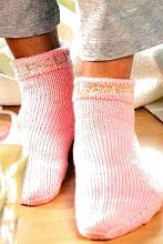 Вязаные розовые носки
